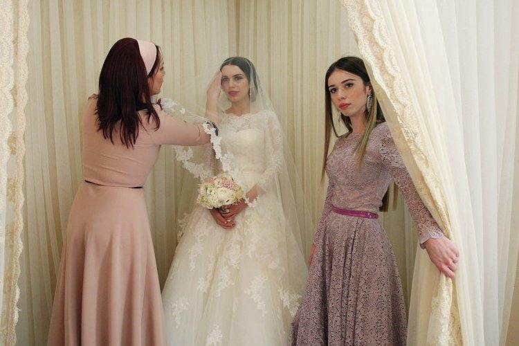 Красивые чеченские платье