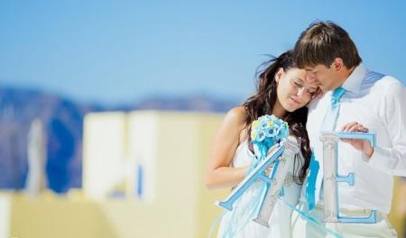 жених и невеста в голубом