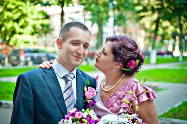 мама поздравляет сына на свадьбе