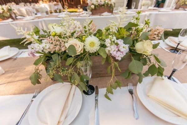 цветы для свадьбы в стиле рустик