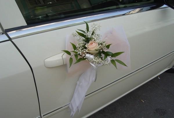 дверные ручки на свадебном автомобиле