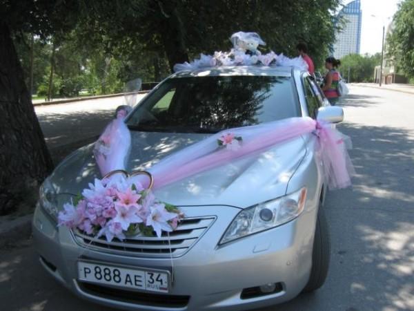 цветы на автомобиле