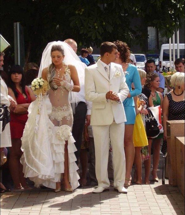 очень прозрачное платье невесты