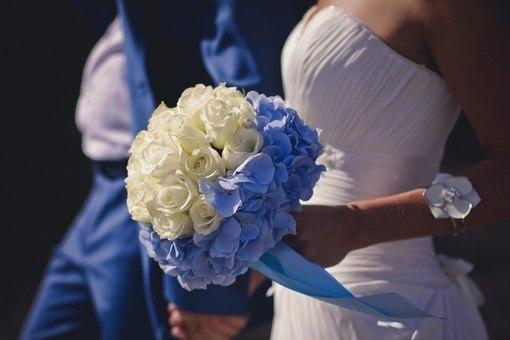 Букет из гортензий на свадьбу для невесты