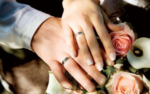 Кольцо на правой руке