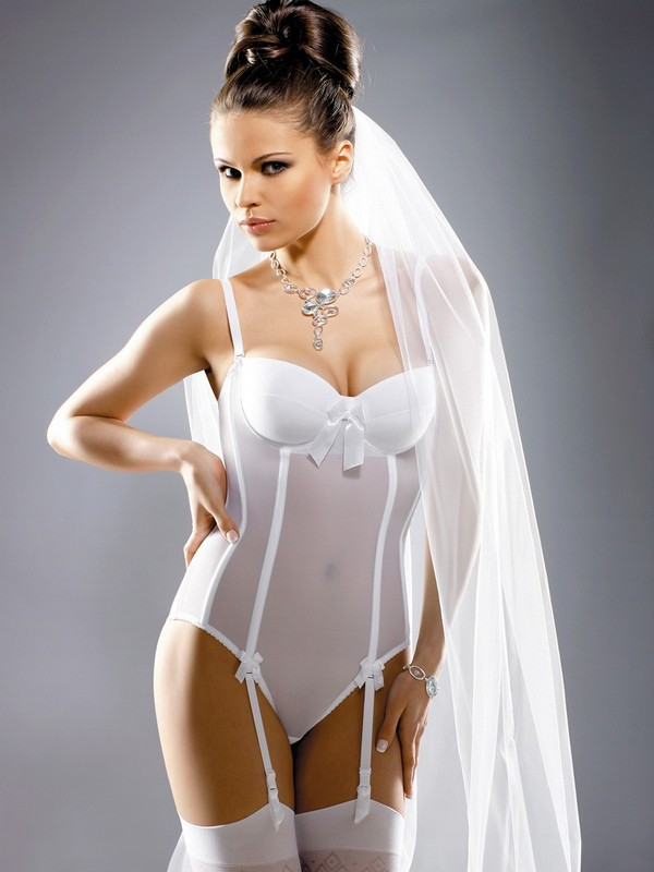 утягивающее белье невесты