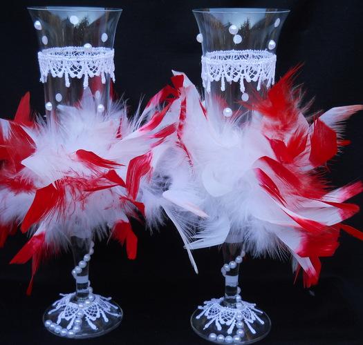 бокалы с перьями на свадьбу